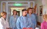 6 сентября Ирина Чиркова вместе с Ольгой Епифановой и Сергеем Едемским посетили детскую областную больницу.